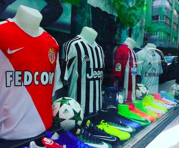 Cornerfootball pide a Nike y Adidas una rebaja en el precio de las camisetas oficiales