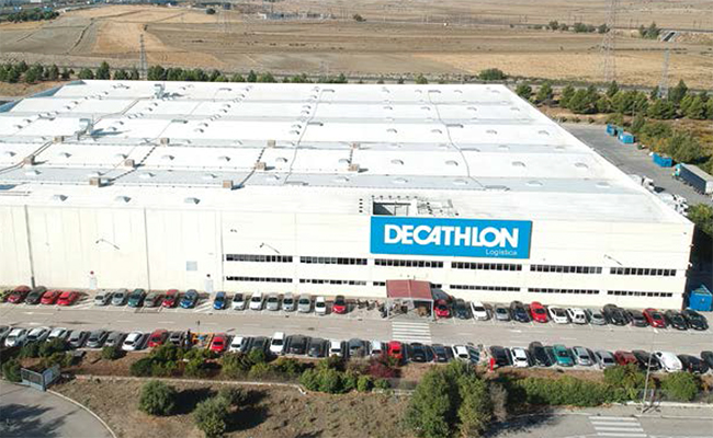 Decathlon inaugura un nuevo centro logístico en Getafe