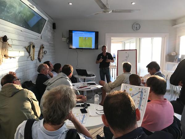 Empieza el clinic de tecnificación en regatas en el Club Náutico Sitges