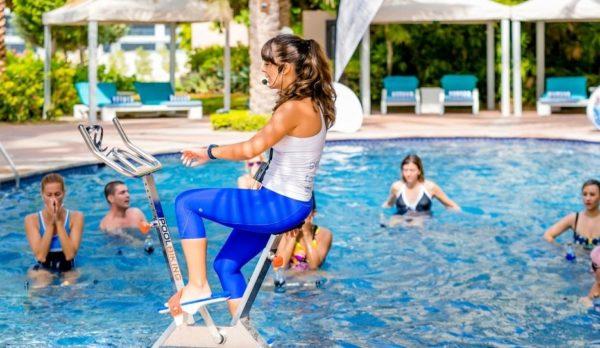 Poolbiking, a la conquista de los gimnasios de hoteles en Oriente Medio