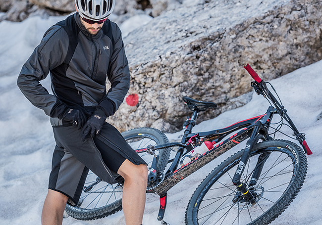 Gore Wear desvela su nueva colección de ciclismo, running y senderismo
