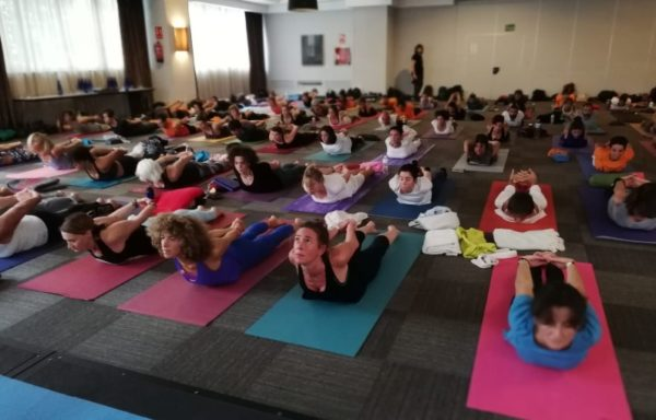 El II Madrid Yoga Congress supera los 200 asistentes