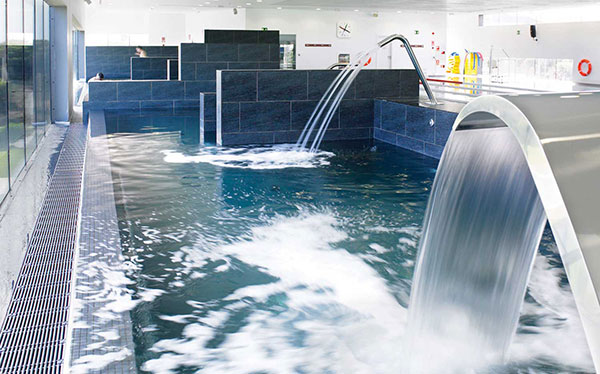 La fusión con Zodiac lleva a Fluidra a perder 18 millones y a vender Aquatron