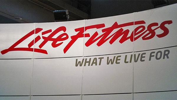 Primeros pasos para la creación de la compañía Life Fitness Holdings