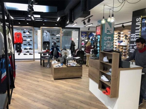 Nº1 en zapatillas alcanza las 30 tiendas