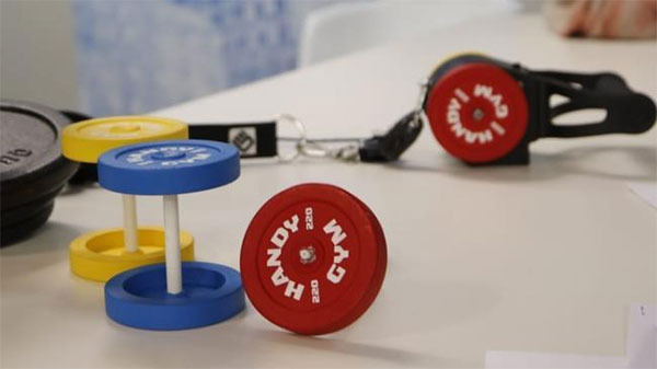 Técnicos españoles desarrollan un gimnasio que cabe en una maleta