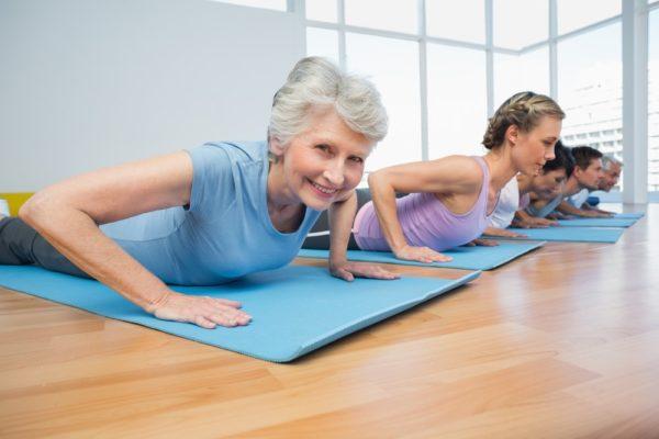 Más gimnasia para evitar caídas en los mayores de 65 años