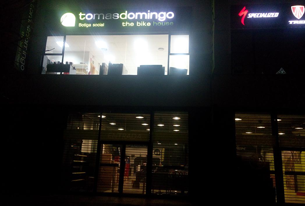 Tomás Domingo cierra su tienda de Sant Boi de Llobregat