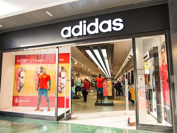 Adidas lidera el ránking de tiendas monomarca de deporte en España