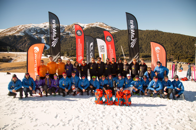 Ferrino vuelve a equipar a la selección de esquí de montaña de la FEEC