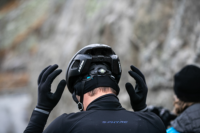 Lazer reinventa el casco aerodinámico para carretera