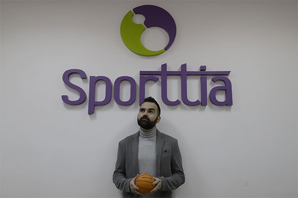 """Sporttia: """"En plena era digital, aún hay centros deportivos que llevan su gestión con papel y boli"""""""