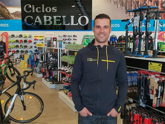Ciclos Cabello planta cara a los grandes de Internet