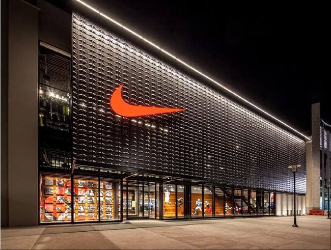 Nike ultima su 'dream team' europeo de retailers