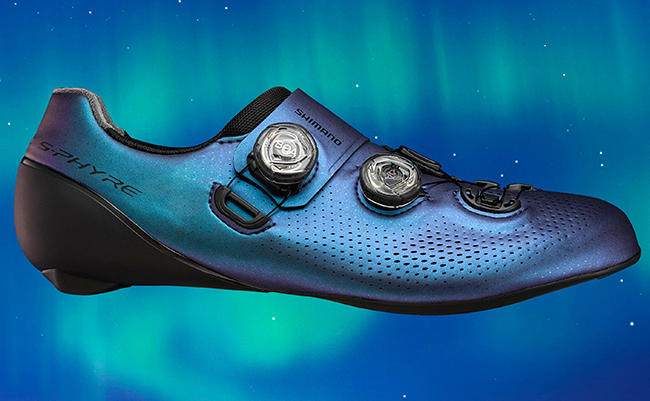 Shimano lanza una edición limitada S-Phyre Aurora de zapatillas y gafas