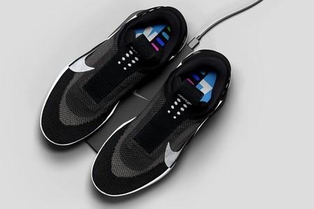 Las nuevas zapatillas de Nike que se cargan y controlan desde el móvil
