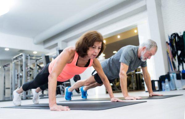 Los mejores y peores ejercicios para personas mayores