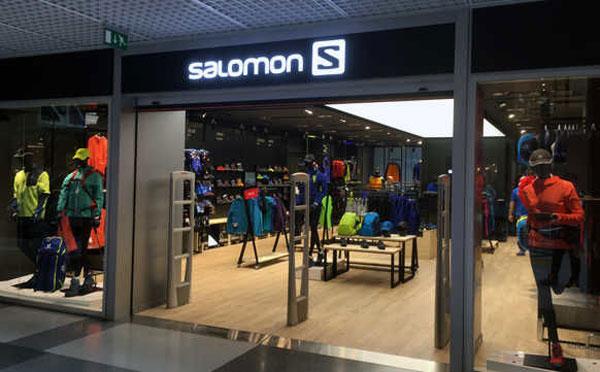 Salomon abre su primera tienda convencional offline en España