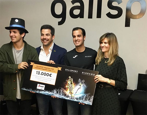 Galisport e Hispano Happiness Club donan 13.000 euros en material deportivo