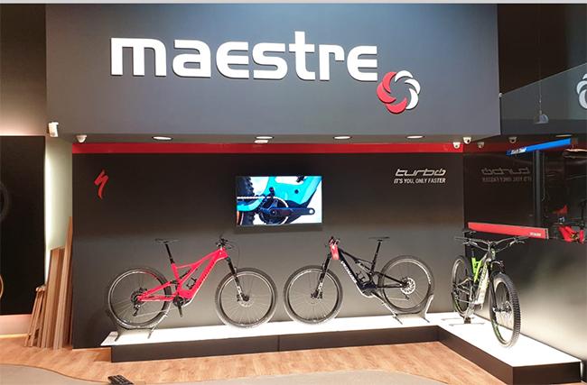 Maestre Bikes planta cara a la atonía del mercado remodelando su tienda de Santander