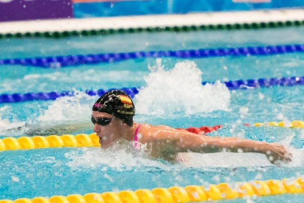 Mireia Belmonte explica los beneficios de la natación
