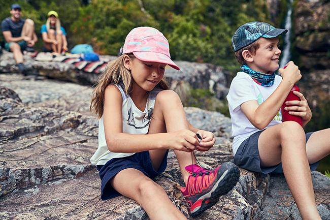 Buff amplía su línea de gorras al público infantil