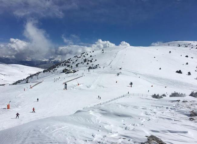 Las estaciones de FGC cierran la temporada con casi 700.000 esquiadores
