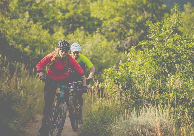 Gore Wear presenta su colección de all mountain y trail más técnica y moderna