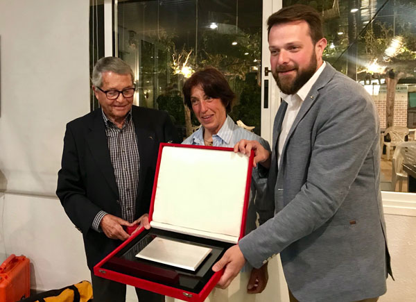 La Adipav nombra socio de honor a Gerard Figueras