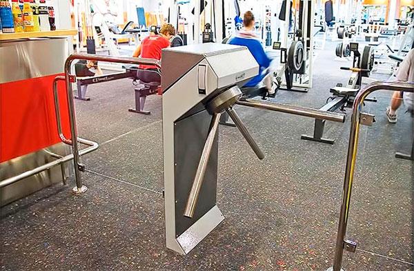 El registro de la jornada laboral, un quebradero de cabeza ante los contratos flexibles de los gimnasios