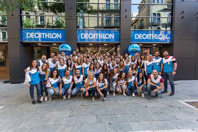 Decathlon se hace fuerte en Sevilla