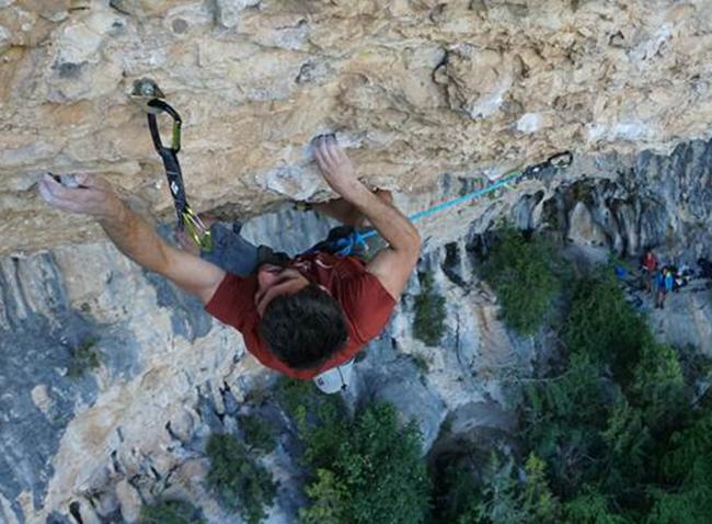 Black Diamond Spain ficha al escalador Jonatan Flor