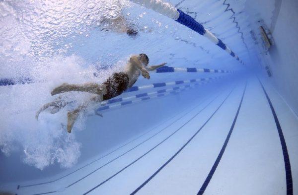 Beneficios de la natación para pacientes cardiológicos