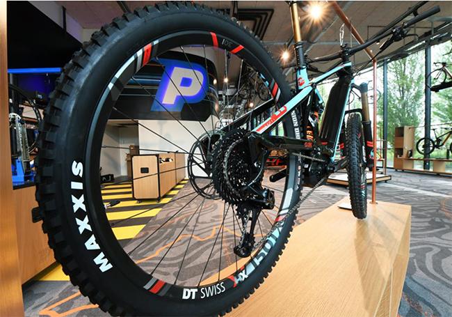 El gigante online Bikeshop abre su primera tienda física