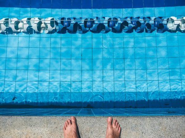 Control desde el móvil y desinfección por ultravioleta, las nuevas tendencias en piscinas