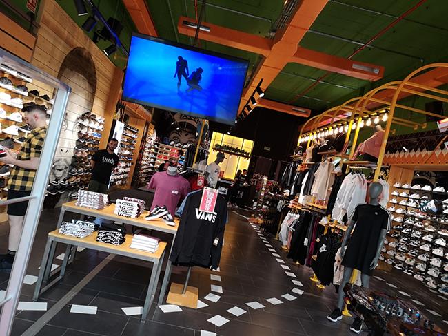Dooers alcanza las 15 tiendas con su desembarco en Madrid