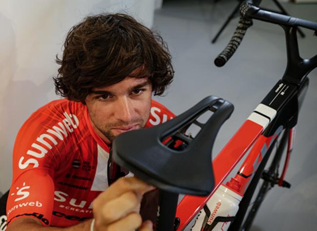 Pro reduce el peso de su sillín Stealth para el Tour de Francia