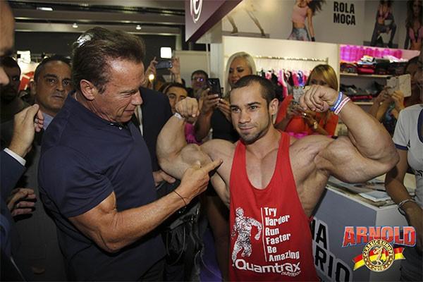 Arnold Schwarzenegger viajará en el metro de Barcelona