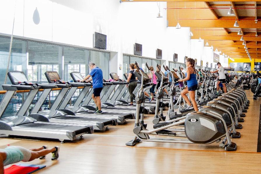 BH Fitness renueva las instalaciones del gimnasio Inacua Málaga