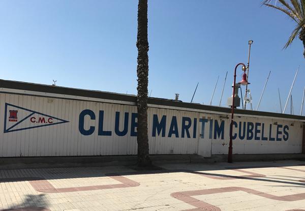 El Club Maritim Cubelles dona 1.000 euros para el monumento al patín a vela