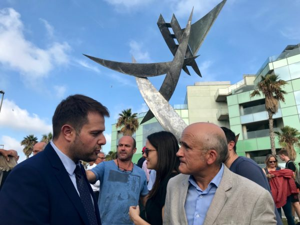 "La Generalitat insta a los clubes de playa amenazados a ""no bajar la guardia"""
