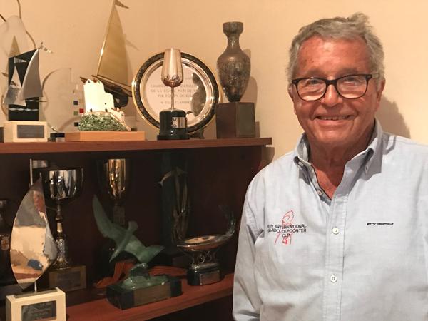 Joan Comajuncosa, el 'alma mater' de la 'resurrección' del monumento al patín a vela