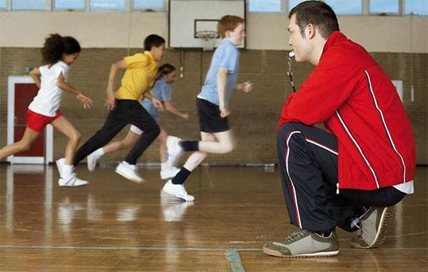 Coplefc alerta a los centros educativos sobre el intrusismo en educación física