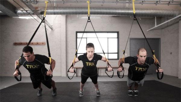 Los 10 ejercicios fundamentales con TRX