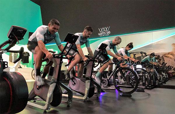 WattsLab arranca la expansión de sus 'cycling corners'