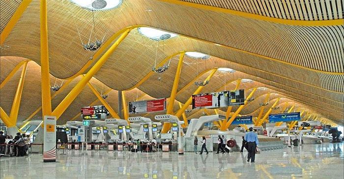 Una cadena de lavanderías abrirá el primer gimnasio dentro de un aeropuerto español