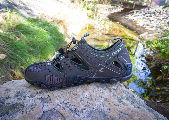 Chiruca introduce un zapato anfibio en su nueva colección de sandalias