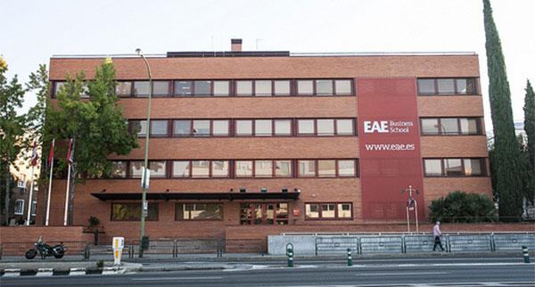 Los asociados de Fneid tendrán descuentos del 50% en los posgrados de la EAE Business School