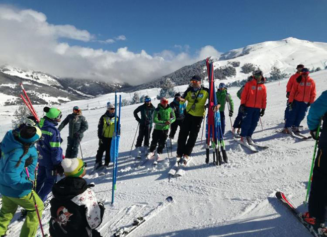 La Escuela Española de Esquí busca formadores