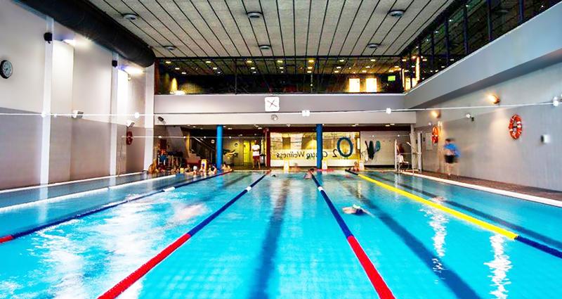 Las instalaciones deportivas buscan nuevos públicos para sus piscinas